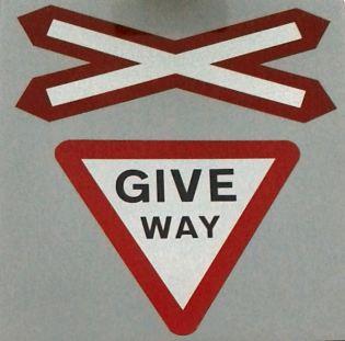 Give way 5